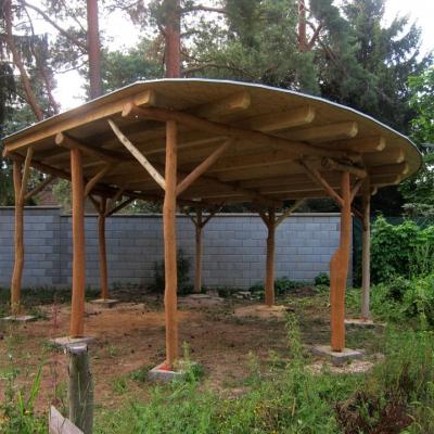 Altán z rostlého dřeva - Kolovraty